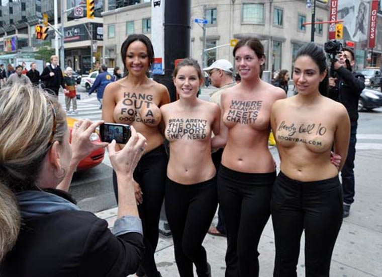 Bare women pictures